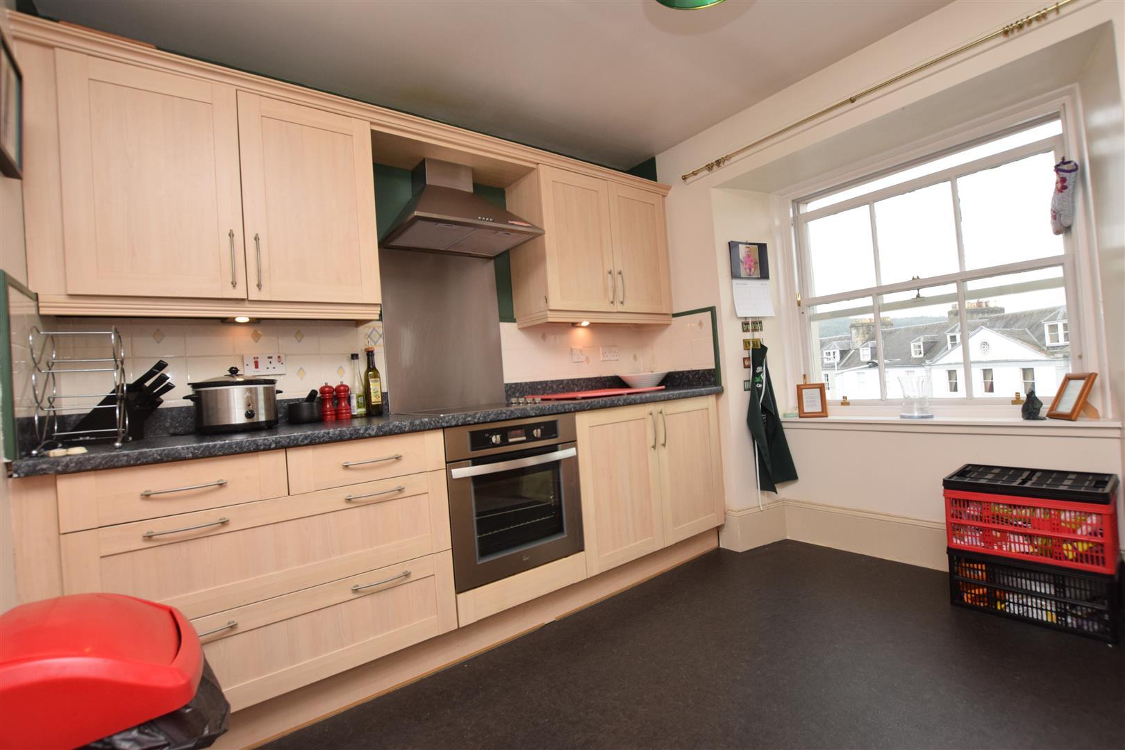Flat 6, 2 Atholl Street, Perth, Perthshire, PH1 5NP, UK